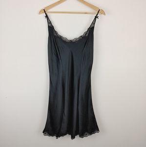 VICTORIA SECRET|Gold Label Vintage Black Silk Slip